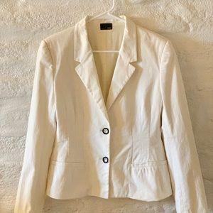 🥼FENDI cream blazer